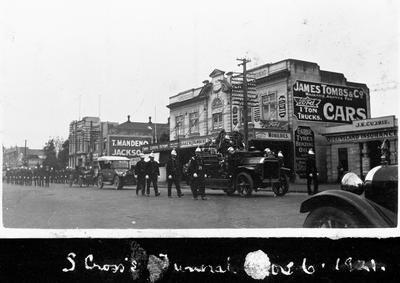 Funeral parade, S Cross, Victoria St, Hamilton c. 1920s