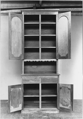Ellis & Burnand - sample product - kitchen dresser