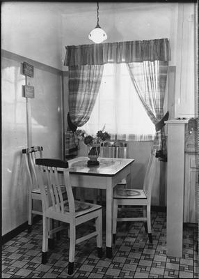 Ellis & Burnand - sample product - dining suite