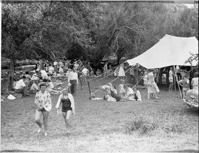 An Ellis & Burnand office picnic