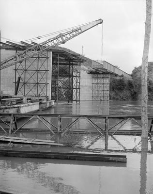 Cobham Bridge under construction
