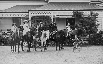 Douglas Children on horses at Hockin House