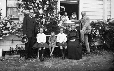 Douglas family at Hockin House