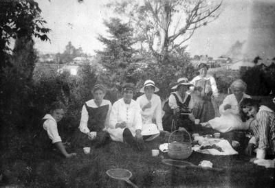 Tennis players from Hamilton High School having a picnic