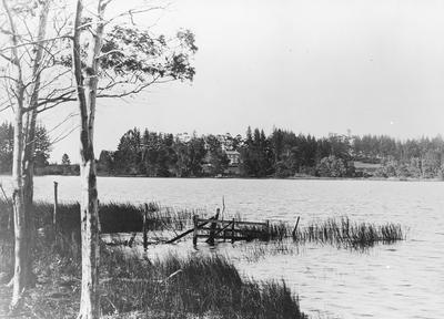 Hamilton Lake (Rotoroa) and Lake House