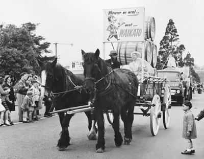 Waikato Breweries float in Hamilton centennial parade
