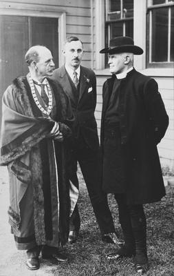 Mayor Fow and Archdeacon Cowie
