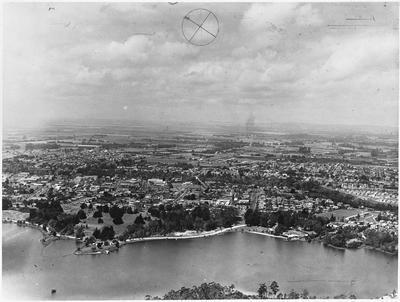 Aerial view of Hamilton: Hamilton Lake and City