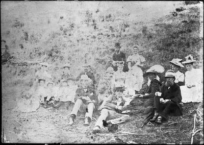 Waikato River picnic