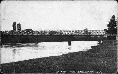 Waikato bridge - Ngaruawahia
