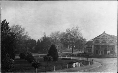 Cambridge Town Hall