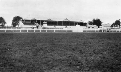 Racecourse and grandstand in Cambridge