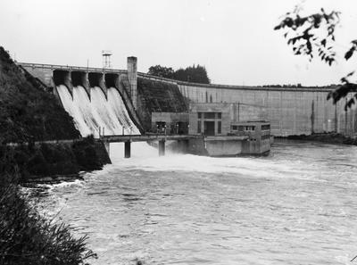 Hydro Dam - Karapiro