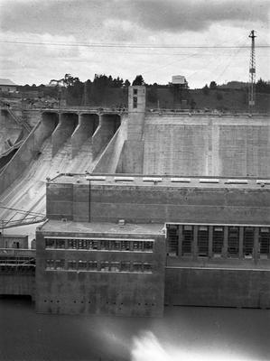 Karapiro Hydro Dam
