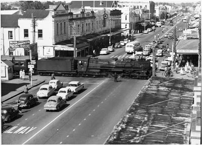 Train crossing Victoria Street