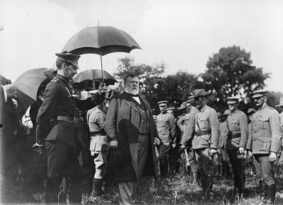 R J Seddon addressing Boer War Troops