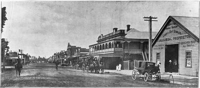 Hamilton Horse Bazaar, Livery & Bait stables, J Dalgliesh Prp'r. Commercial Hotel to left of stables