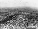 Aerial view of Hamilton: Inner city and Waikato River